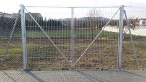 Montaje Cerramiento Con Puerta fabricada Con Malla Electrosoldada Vimasa.